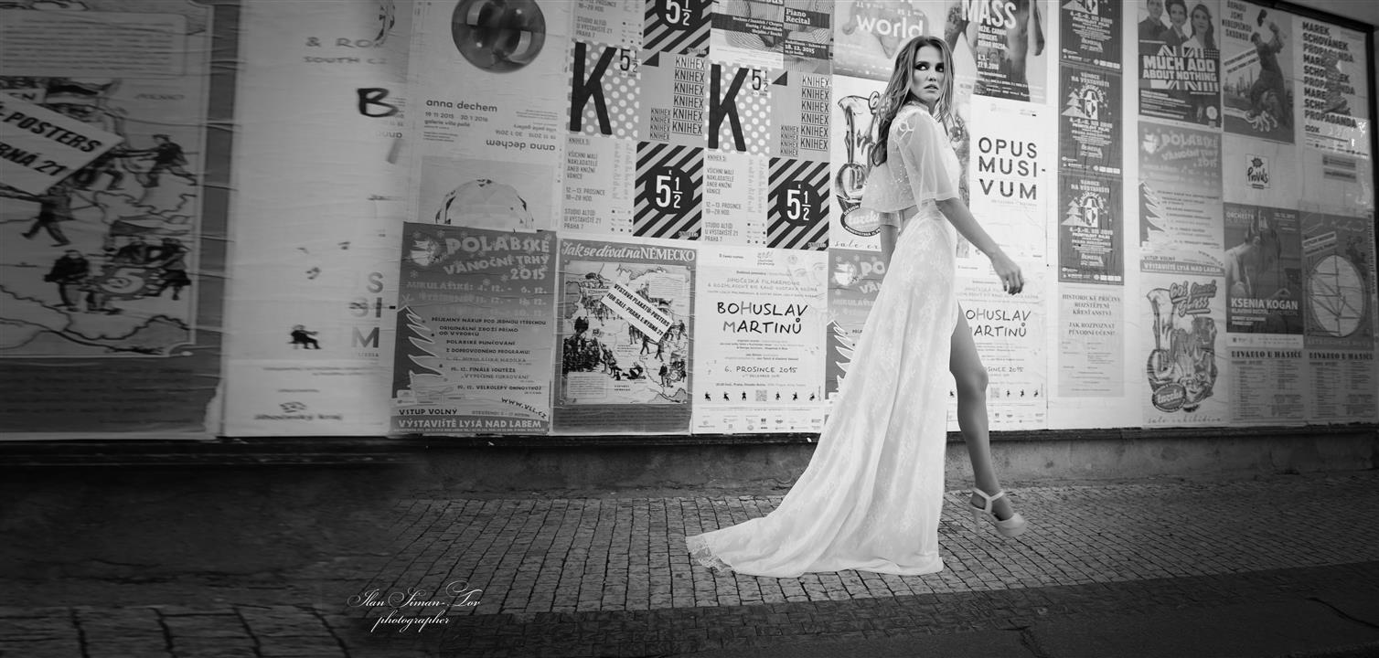 אילן סימן-טוב סטודיו לצילום ארועים אופנה בוקים לבת מצווה אילן סימן-טוב סטודיו לצילום ארועים אופנה בוקים לבת מצווה צילומי אופנה קטלוגים לפרסום שמלות כלה